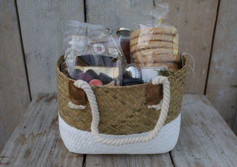 Aardbeien-cadeaupakket-3-een tas vol-lekkere-producten