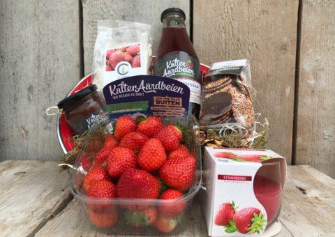 aardbeien cadeaupakket vol aardbeienproducten